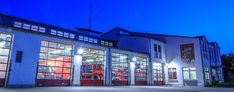 Feuerwehrhaus Bad Neuenahr bei Nacht